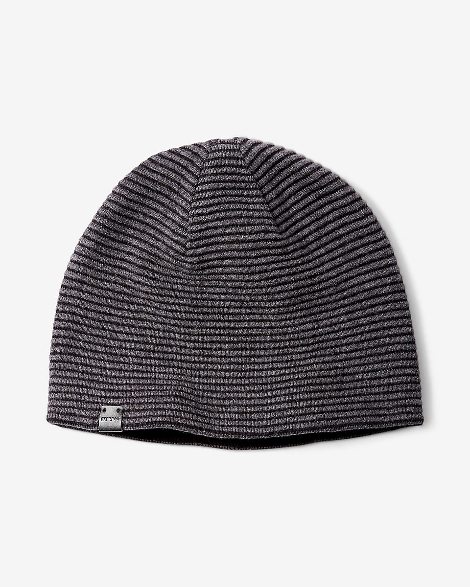 Solid reversible ribbed beanie